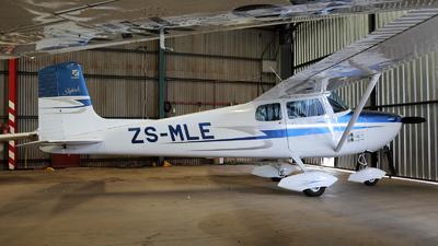 ZS-MLE - Cessna 172 Skyhawk - Untitled