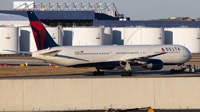 N829MH - Boeing 767-432(ER) - Delta Air Lines