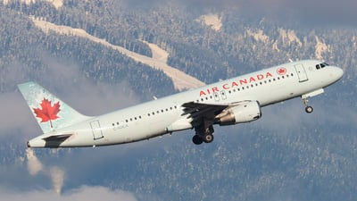 A picture of CFDCA - Airbus A320211 - Air Canada - © Dylan Kirsten
