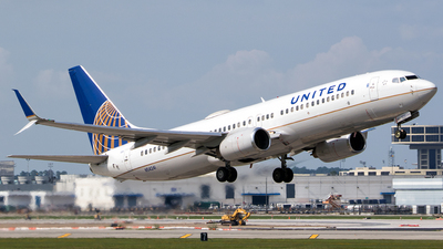 N54241 - Boeing 737-824 - United Airlines