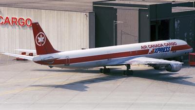 A picture of CFTIS - Cessna 421B - [421B0564] - © Paul Denton