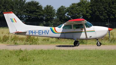 A picture of PHEHV - Cessna 172M Skyhawk - [17264973] - © BaszB