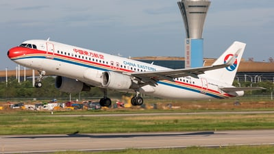 B-1862 - Airbus A320-214 - China Eastern Airlines