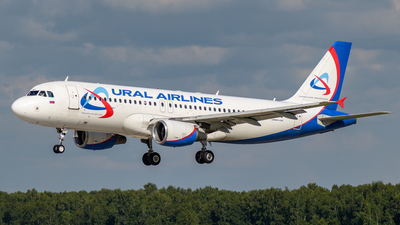 VP-BMT - Airbus A320-214 - Ural Airlines