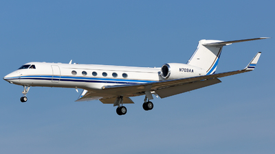 N709AA - Gulfstream G-V - Private