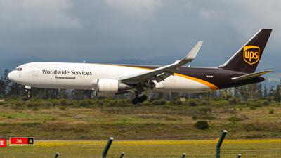 A picture of N320UP - Boeing 76734AF(ER) - UPS - © Juan Andres Saavedra