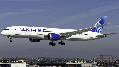 N24976 - Boeing 787-9 Dreamliner - United Airlines