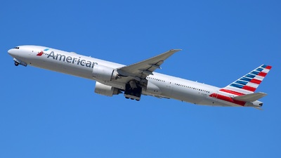 A picture of N729AN - Boeing 777323(ER) - American Airlines - © Yi-Fan Wu