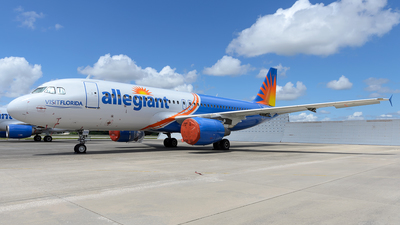 N228NV - Airbus A320-214 - Allegiant Air