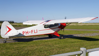 PH-FLJ - Piper PA-18-105 Super Cub - Private