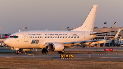N732KA - Boeing 737-59D - KaiserAir