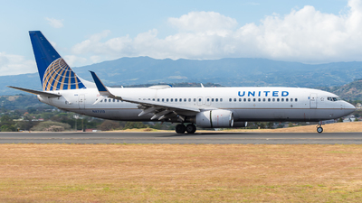 A picture of N87513 - Boeing 737824 - United Airlines - © Jose Villarreal SJO Spotters