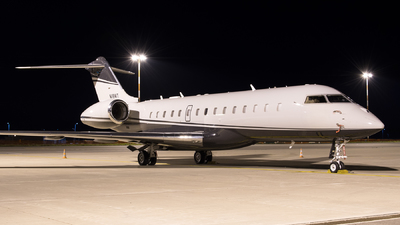 N118WT - Bombardier BD-700-1A10 Global Express - Private