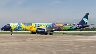 A picture of PSAEF - Embraer E195E2 - Azul Linhas Aereas - © JAKA