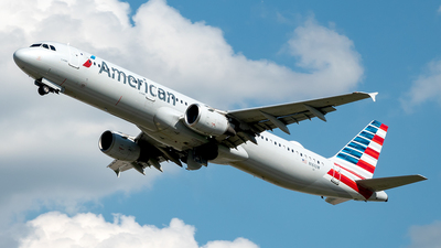 A picture of N161UW - Airbus A321211 - American Airlines - © Yan777