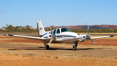 VH-AYV - Beechcraft 58 Baron - Private