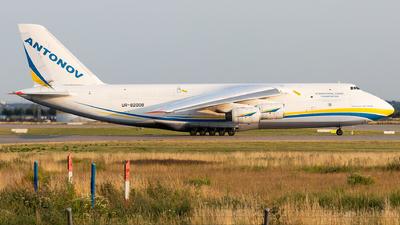 A picture of UR82008 - Antonov An124100M Ruslan - Antonov Design Bureau - © FlorianWerner