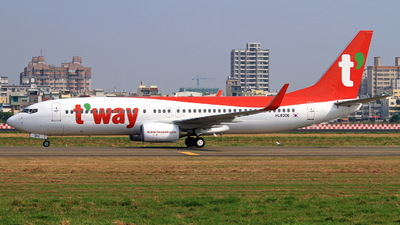 HL8306 - Boeing 737-8AS - T'Way Air
