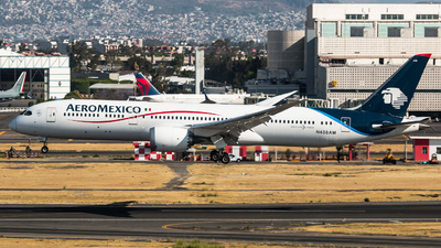 A picture of N438AM - Boeing 7879 Dreamliner - Aeromexico - © Hector Montes de Oca