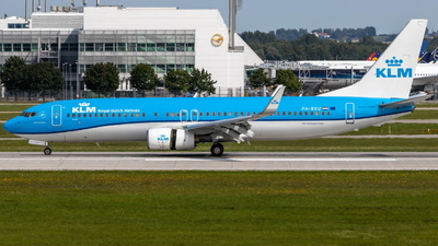A picture of PHBXU - Boeing 7378BK - KLM - © Lisandro Pitowski