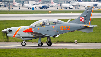 052 - PZL-Warszawa PZL-130 TC2 Orlik - Poland - Air Force