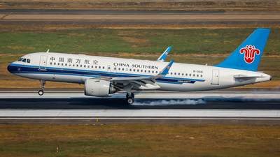 B-301G - Airbus A320-251N - China Southern Airlines