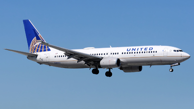 A picture of N18223 - Boeing 737824 - United Airlines - © Alexander Portas