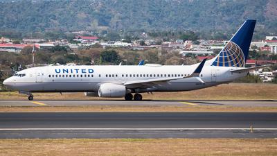 N87513 - Boeing 737-824 - United Airlines
