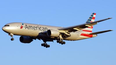 N772AN - Boeing 777-223(ER) - American Airlines
