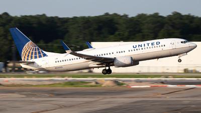 N34222 - Boeing 737-824 - United Airlines