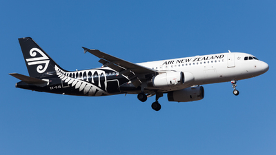 ZK-OJG - Airbus A320-232 - Air New Zealand