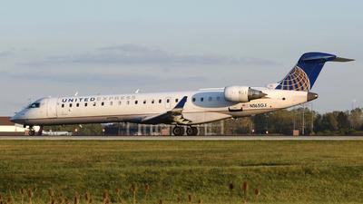 A picture of N165GJ - Mitsubishi CRJ701ER - [10257] - © DJ Reed - OPShots Photo Team