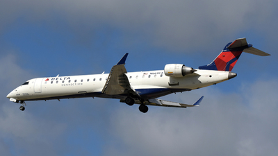A picture of N669CA - Mitsubishi CRJ701ER - Delta Air Lines - © DJ Reed - OPShots Photo Team