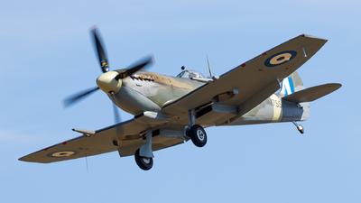 G-CLGS - Supermarine Spitfire Mk.IX - Private
