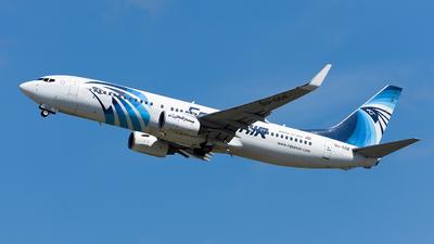 SU-GDE - Boeing 737-866 - EgyptAir