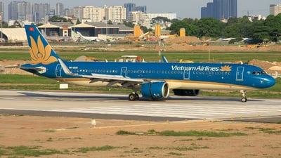 A picture of VNA618 - Airbus A321272N - Vietnam Airlines - © Quang_Minh_024