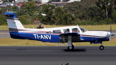 TI-ANV - Piper PA-32RT-300T Turbo Lance II - Private