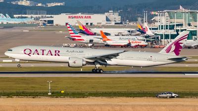 A7-BAU - Boeing 777-3DZER - Qatar Airways