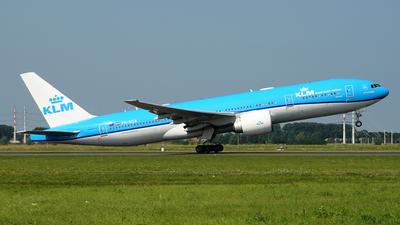 A picture of PHBQB - Boeing 777206(ER) - KLM - © Jan Seler