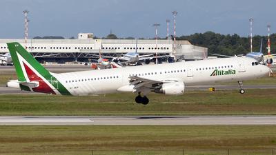 EI-IXH - Airbus A321-112 - Alitalia