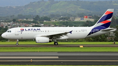 LV-BSJ - Airbus A320-233 - LATAM Airlines