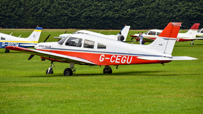 G-CEGU - Piper PA-28-151 Cherokee Warrior - West London Aero Club (WLAC)