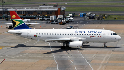 ZS-SZJ - Airbus A320-232 - South African Airways