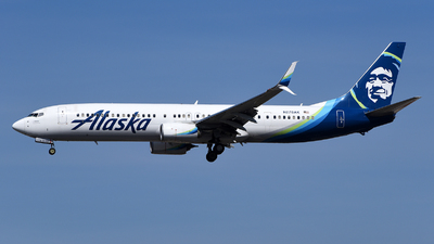 A picture of N278AK - Boeing 737990(ER) - Alaska Airlines - © Rocky Wang
