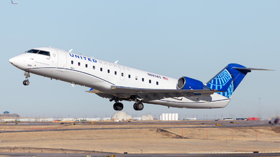 A picture of N889AS - Mitsubishi CRJ200LR - United Airlines - © HA-KLS