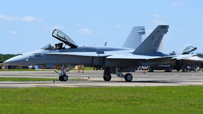 164215 - McDonnell Douglas F/A-18C Hornet - United States - US Navy (USN)