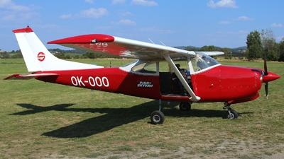 OK-OOO - Cessna R182 Skylane RG - Private