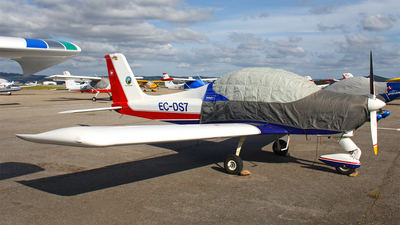 EC-DS7 - Tecnam P96 Golf - Private