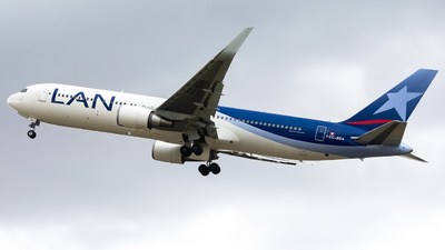 CC-BDA - Boeing 767-316(ER) - LAN Perú