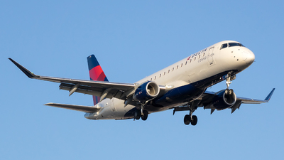 N271SY - Embraer 170-200LR - Delta Connection (SkyWest Airlines)